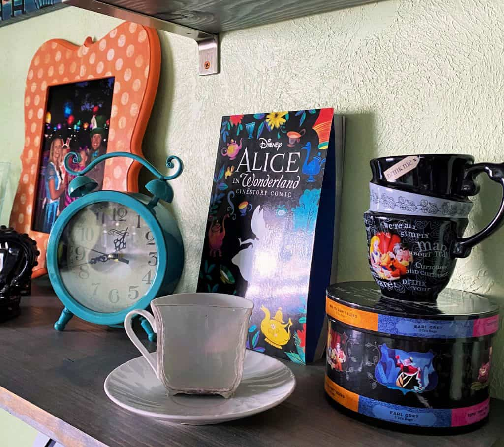 Alice In Wonderland Craft Room