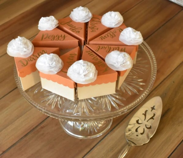 Adorable Pumpkin Pie Place Cards